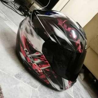 LS2 Full face helmet (URGENT)