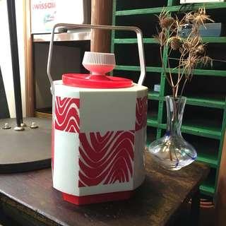 紅A冰壼懷舊圖案全新品香港制