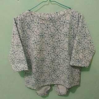 Abstract blouse model baru kancing belakang