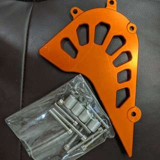 ktm duke 390 front sprocket cover