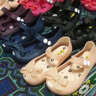 Jelly flats for babies