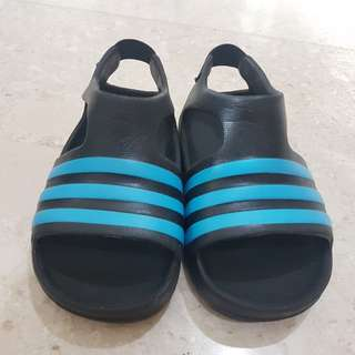 Adidas adilette kids