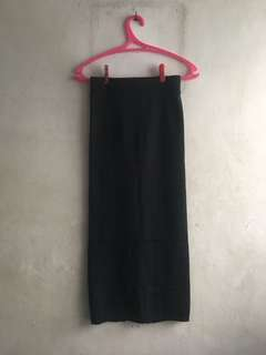 Knitted Long Black Skirt