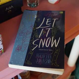 Novel Remaja John Green Let It Snow Murah