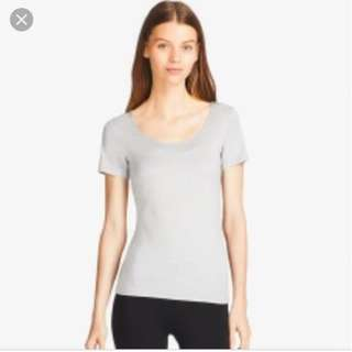 Uniqlo Supima Cotton Scoop Neck Innerwear Top