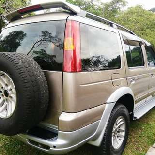 Ford everest 2.5 (M). 2004/2005.