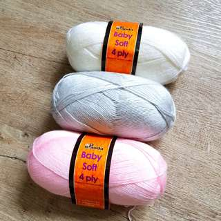 Knitting Yarn - Panda Baby Soft 4ply