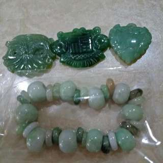 Greenish Jade Pendent With Bracelet