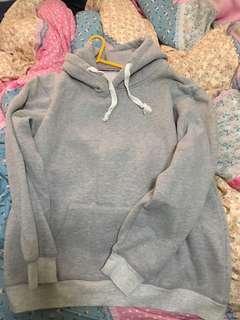 灰色寬鬆衛衣