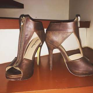 Michael Antonio Leather Heels