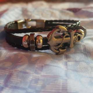 Some Anchor on a Braclet Thing