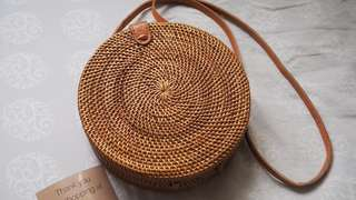 Pre-order Round rattan bag from Bali 🌺