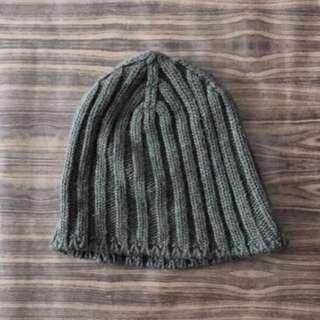 Brandy Melville Olive green Knitted Beanie