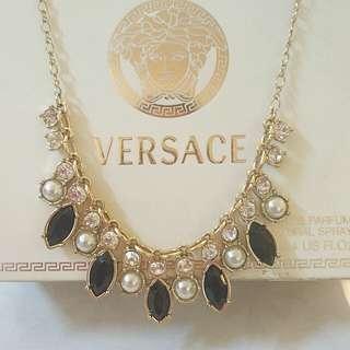 GU Japan Necklace