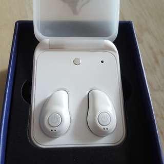 Eartena White Wireless Bluetooth earpiece
