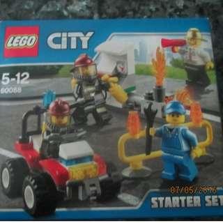 Lego City Starter Set 60088