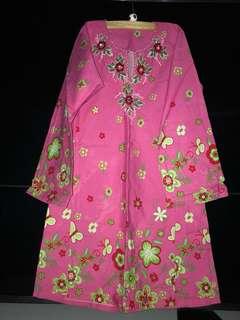 Baju Kurung pink bermanik