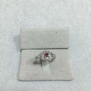 純銀鍍白金天然紅寶石戒指