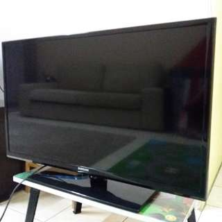 Samsung tv 32inch