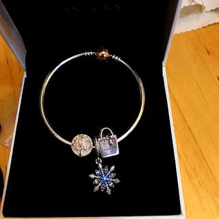Pandora Bracelet brand new full set