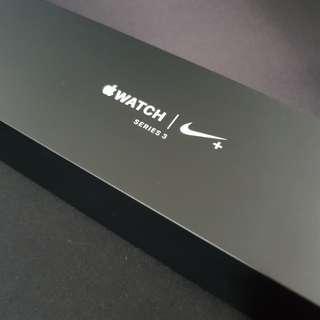 Apple Watch Series 3 (Nike Model 42mm)