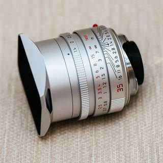 Leica 35mm Silver fle Like new