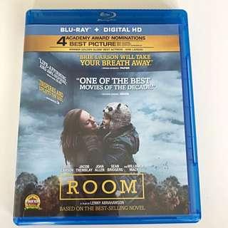 Room [Blu-Ray + Digital HD]