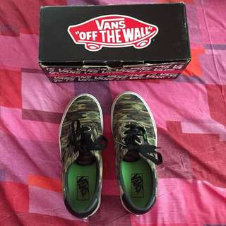 Authentic Vans Camouflage