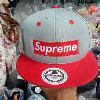 Topi hip hop yang lagi hits