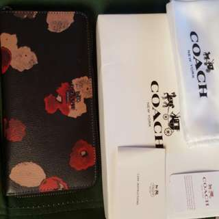 Authentic Coach wallet made in Vitnam