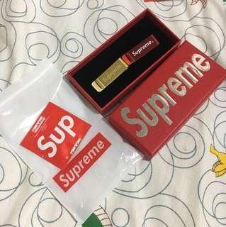 Supreme 錢夾 送濕紙巾