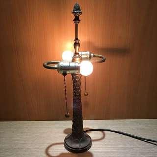 早期青銅檯燈 青銅檯燈 閱讀燈 書桌燈 夾燈 檯燈 創作燈 復古檯燈