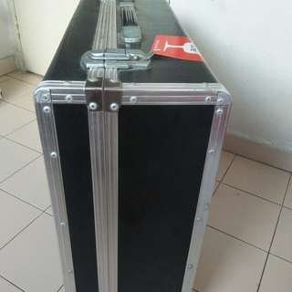 Flight case very strong