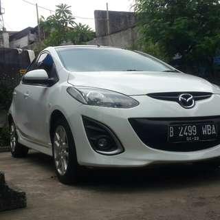 Mazda 2 HB tahun 2011 type 1.5 R A/t putih original