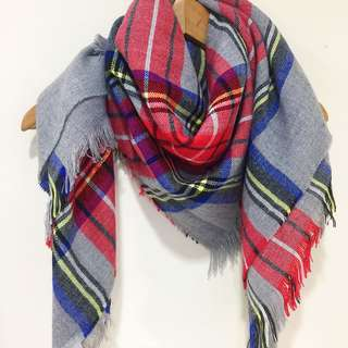 Forever 21 Plaid patterned Scarf