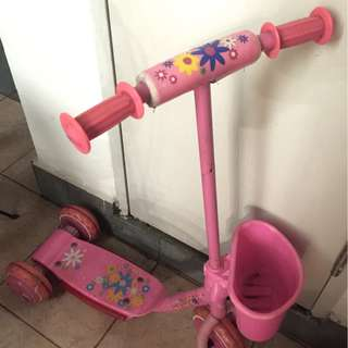 Scooter for toddler/beginner