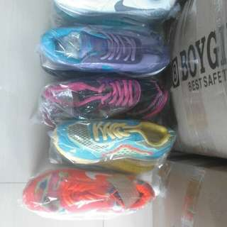 Sepatu cat wanita Nike