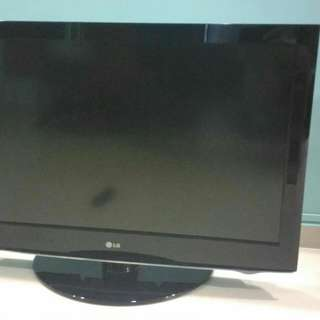 "LG 37"" LCD TV for sale"