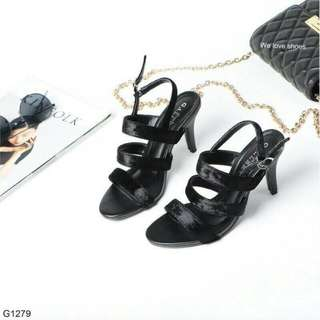 Ankle's Strap shoes