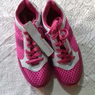 (REPRICED!) redherring Pink Mesh Rubber Shoes