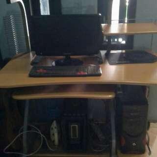 Komputer + meja