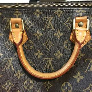 Authentic LV Speedy 40