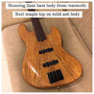 Warmoth Jazz Body (Burl Maple on Ash)