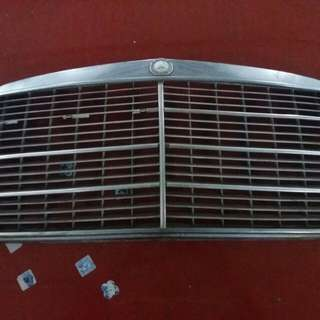 Front Grille Merc. W123
