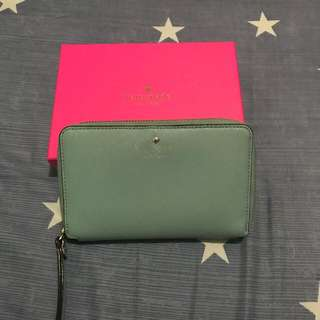 Pre-love Kate Spade Tech wallet