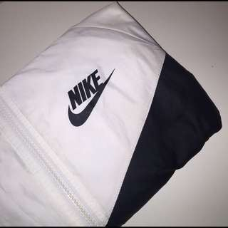 Nike Black&White Windrunner