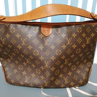 Authentic Louis Vuitton Delightful