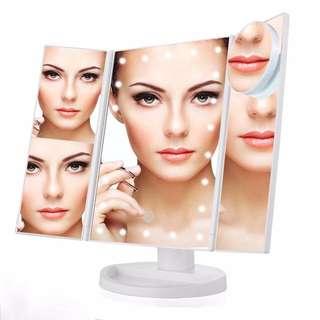 (Brand New) LED Lighted Make Up Mirror