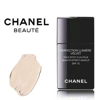 [BN] CHANEL Perfection Lumiere Velvet Smooth Fluid Foundation with SPF 15 | #22 BEIGE ROSE