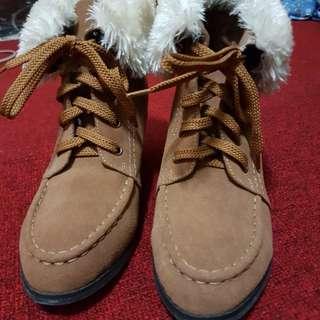 AIR SPACE 毛毛滾邊棕色質感靴#九月女裝半價